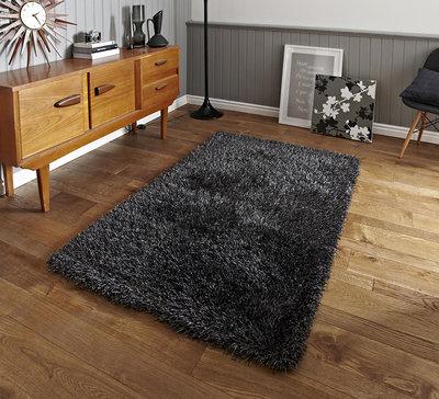 Hoogpolig vloerkleed Montblanc kleur grijs